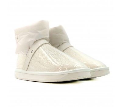 Clear Quilty Boot - White